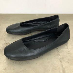 Eileen Fisher Black Leather Ballet Flats